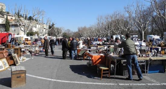 Brocante Villeneuve lez Avignon