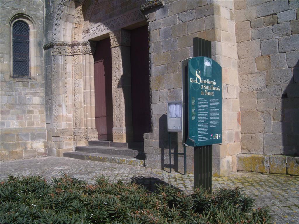 Église Saint-Gervais et Saint-Protais - Le Montet Panneau d'info Ⓒ Mairie Le Montet