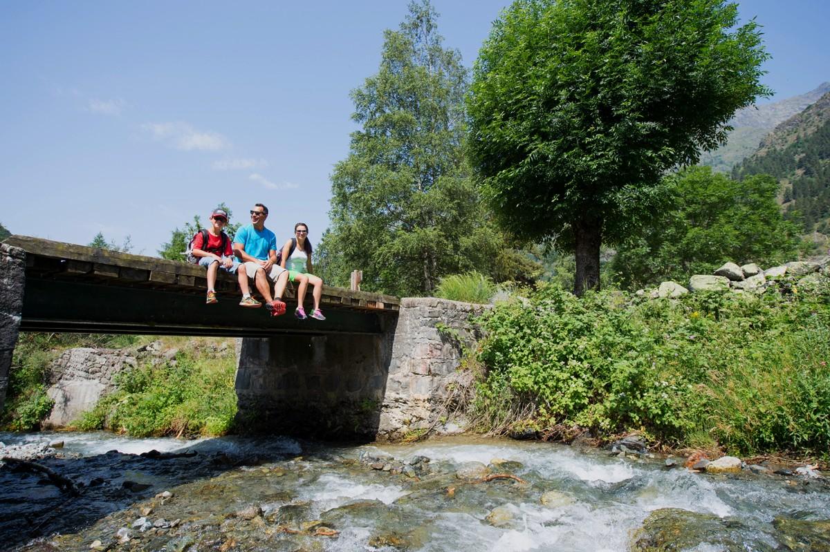 Départ vers l'ancien hameau du Roy, Molines, vallée du Champsaur