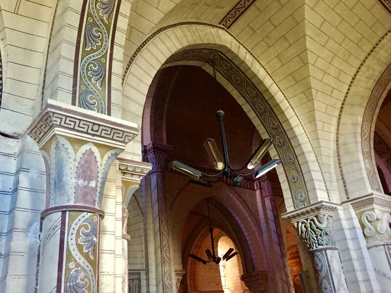 intérieur peint église Bourbon-l'Archambault