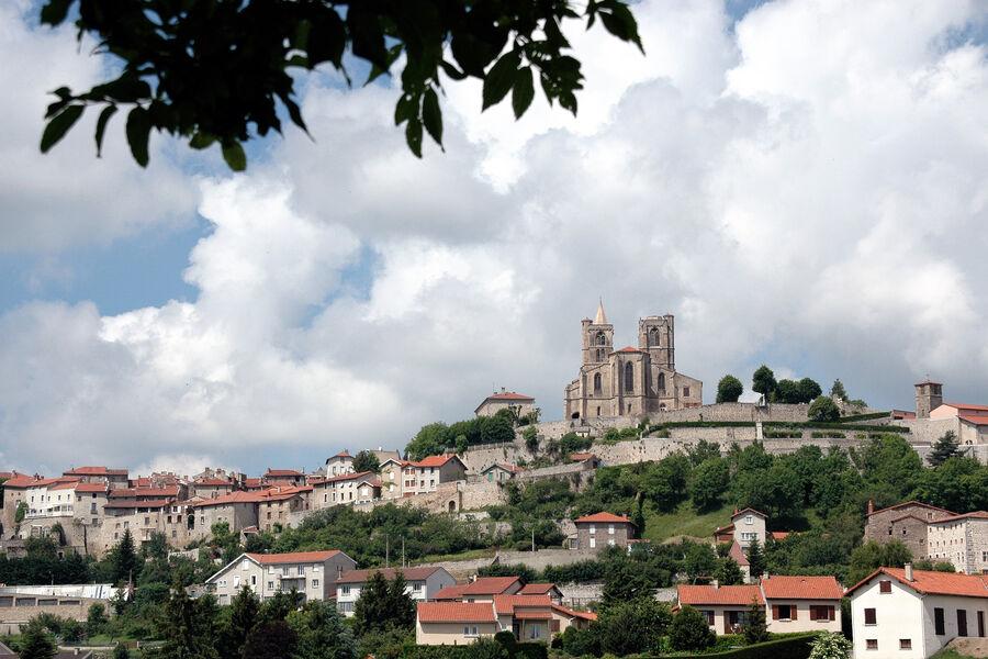 Saint-Bonnet le Château 42380
