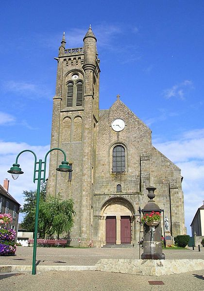 Église Saint-Gervais et Saint Protais Façade et porte d'entrée Ⓒ Internet 2018