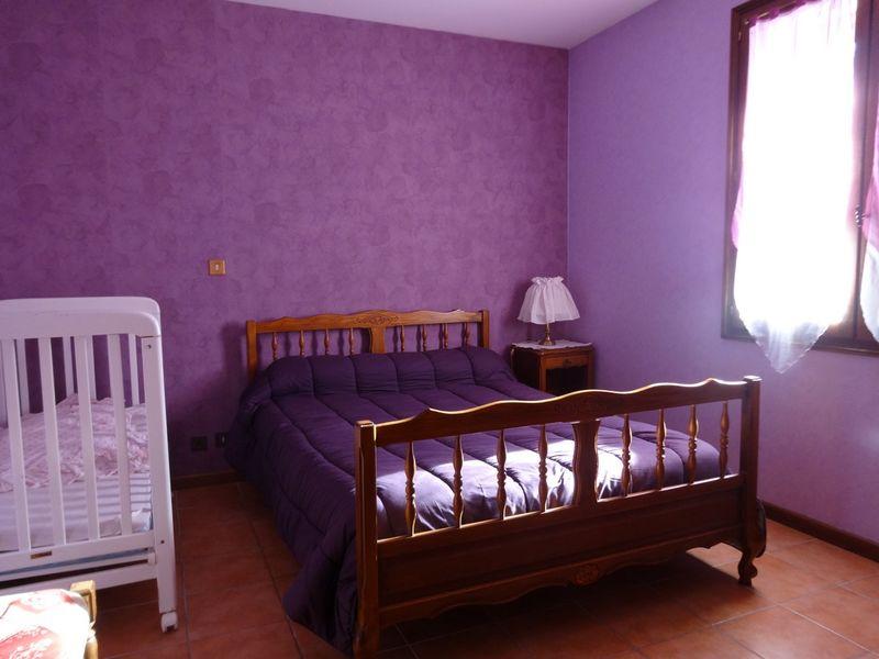 Chambre bas . Meublé Mme CESMAT D Location Ancelle - © OTi RR