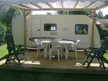 Camping Deneuvre Caravane Ⓒ Camping Deneuvre