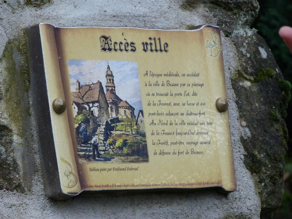 Parcours historique de Beaune-d'Allier Panneau accès ville Ⓒ Annick Vassel - 2015
