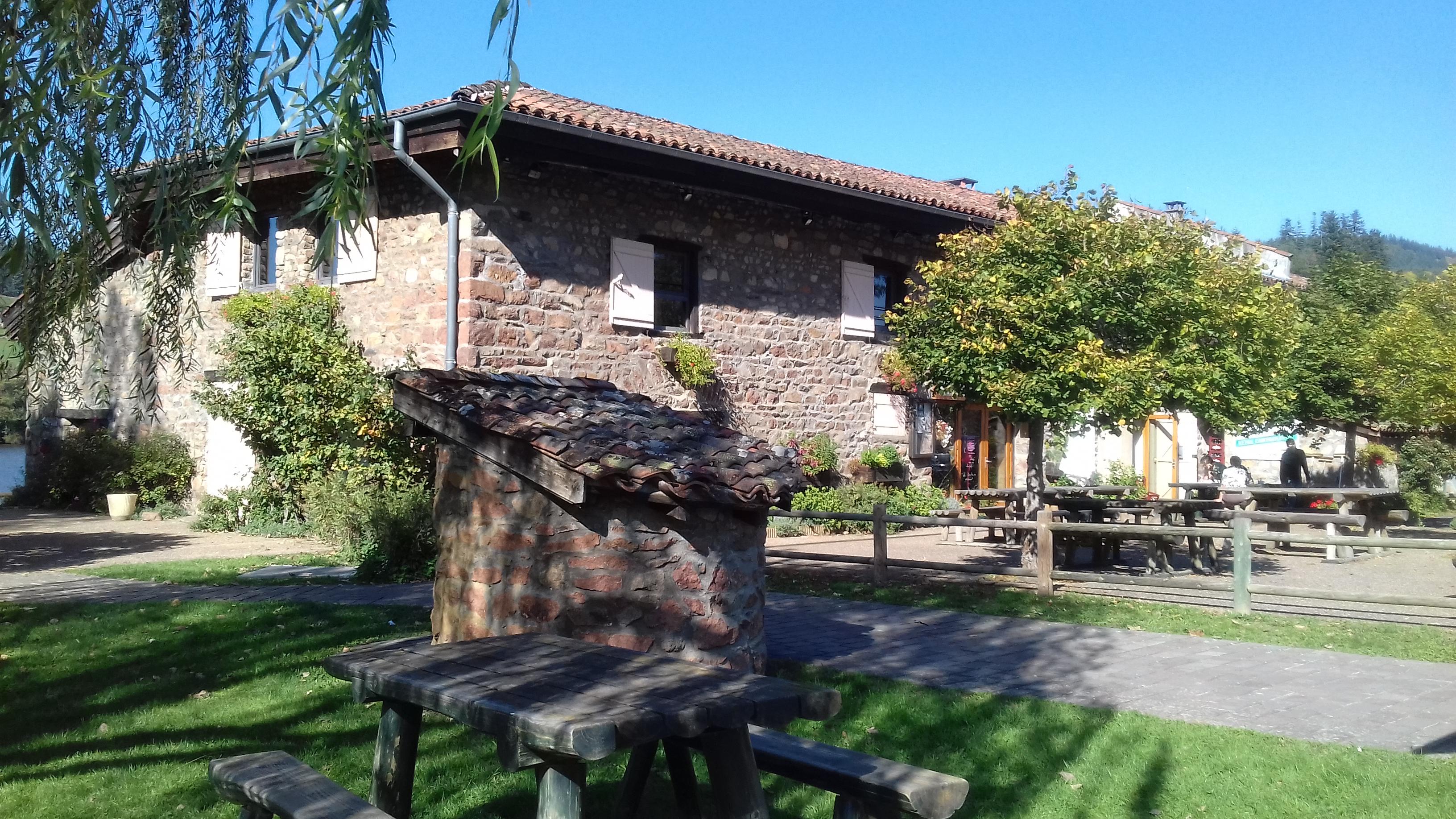 Auberge paysanne la voisin e beaujolais vert site officiel de l 39 office de tourisme - Office tourisme beaujolais ...