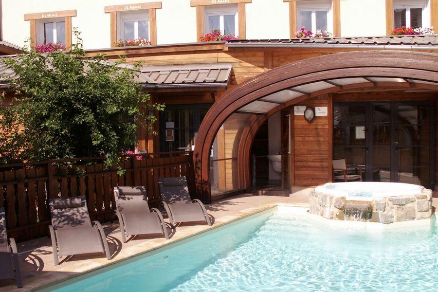 Hôtel *** Les Autanes à Ancelle - © Les Autanes