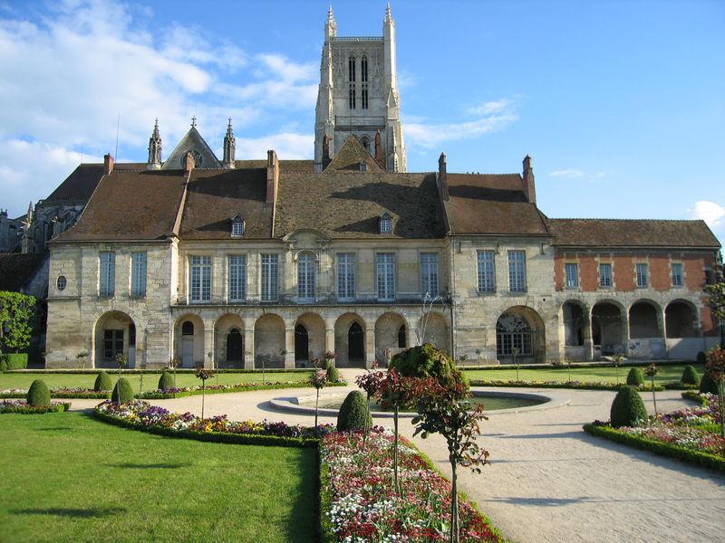 Cité épiscopale de Meaux - Le jardin Bossuet
