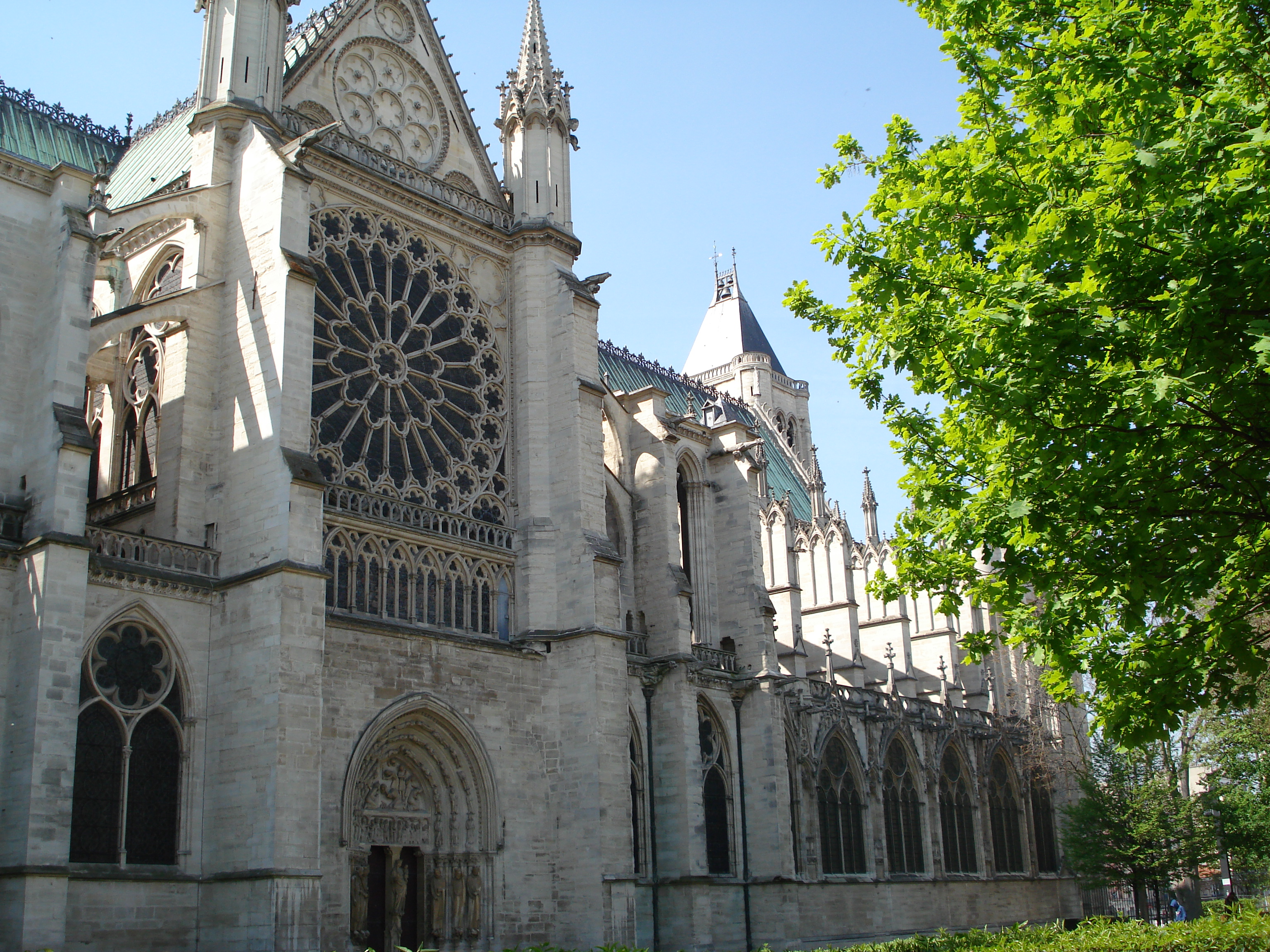 Basilique cath drale de saint denis saint denis office de tourisme de plaine commune grand paris - Office tourisme saint denis ...