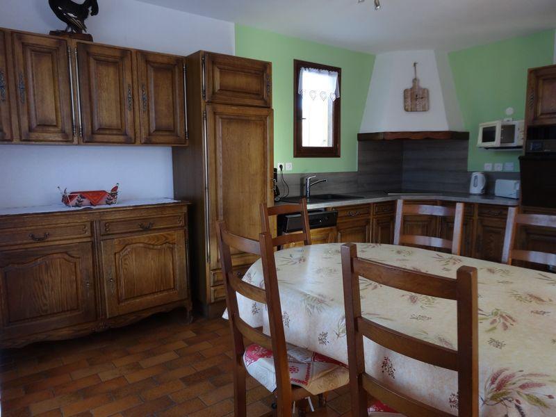 Cuisine Meublé Mme CESMAT D Location Ancelle - © OTi RR