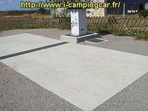 Aire de services Plateforme + borne Ⓒ Site internet i-campingcar.fr - 2020