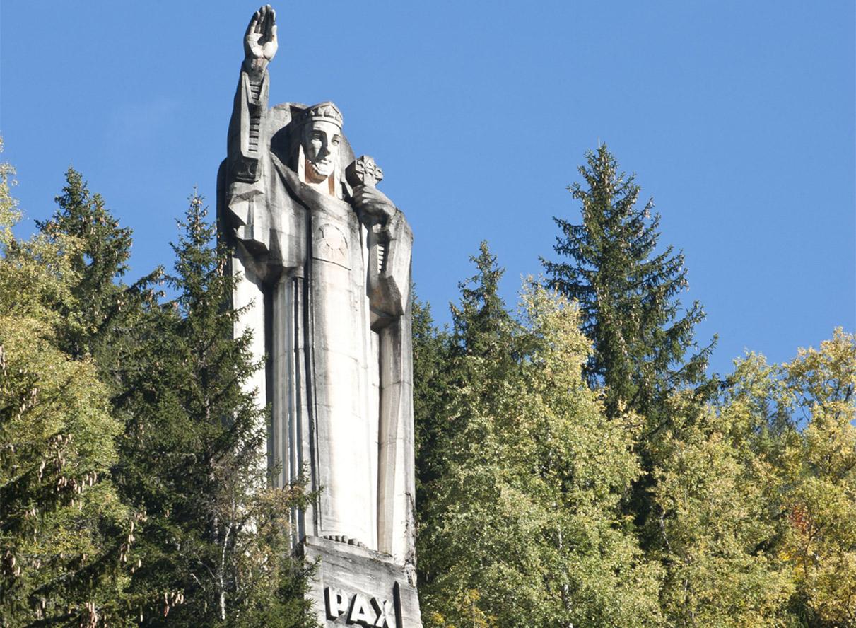 Statue du Christ-Roi