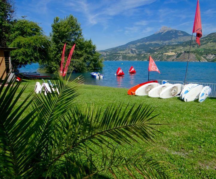 Ecole de Voile windsurf - Serre-Ponçon - © Ecole de Voile windsurf - Serre-Ponçon
