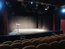 Le Back Step, café-théâtre salle de spectacle Ⓒ Le Back Step, café-théâtre