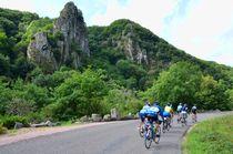 Cyclos dans les gorges de Chouvigny Ⓒ Louis HOLDER