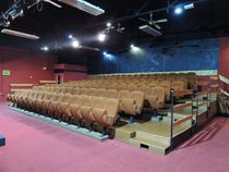 Le Back Step, café-théâtre Configuration de la salle Ⓒ Le Back Step, café-théâtre