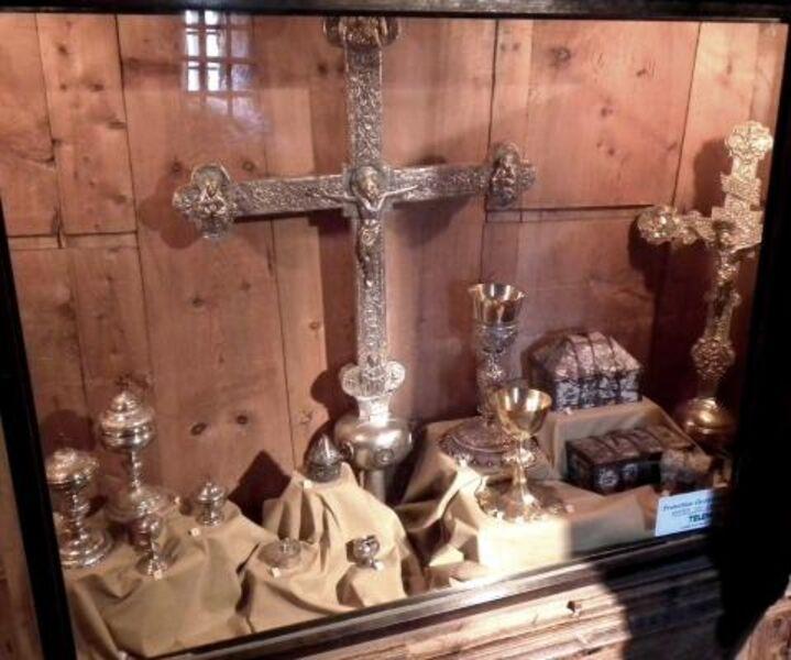 Pyxide de l'Eglise Saint-Marcellin de Névache - Ville Haute - Clarée - © ©Petit-patrimoine.com