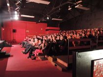 Le Back Step, café-théâtre Public Ⓒ Le Back Step, café-théâtre