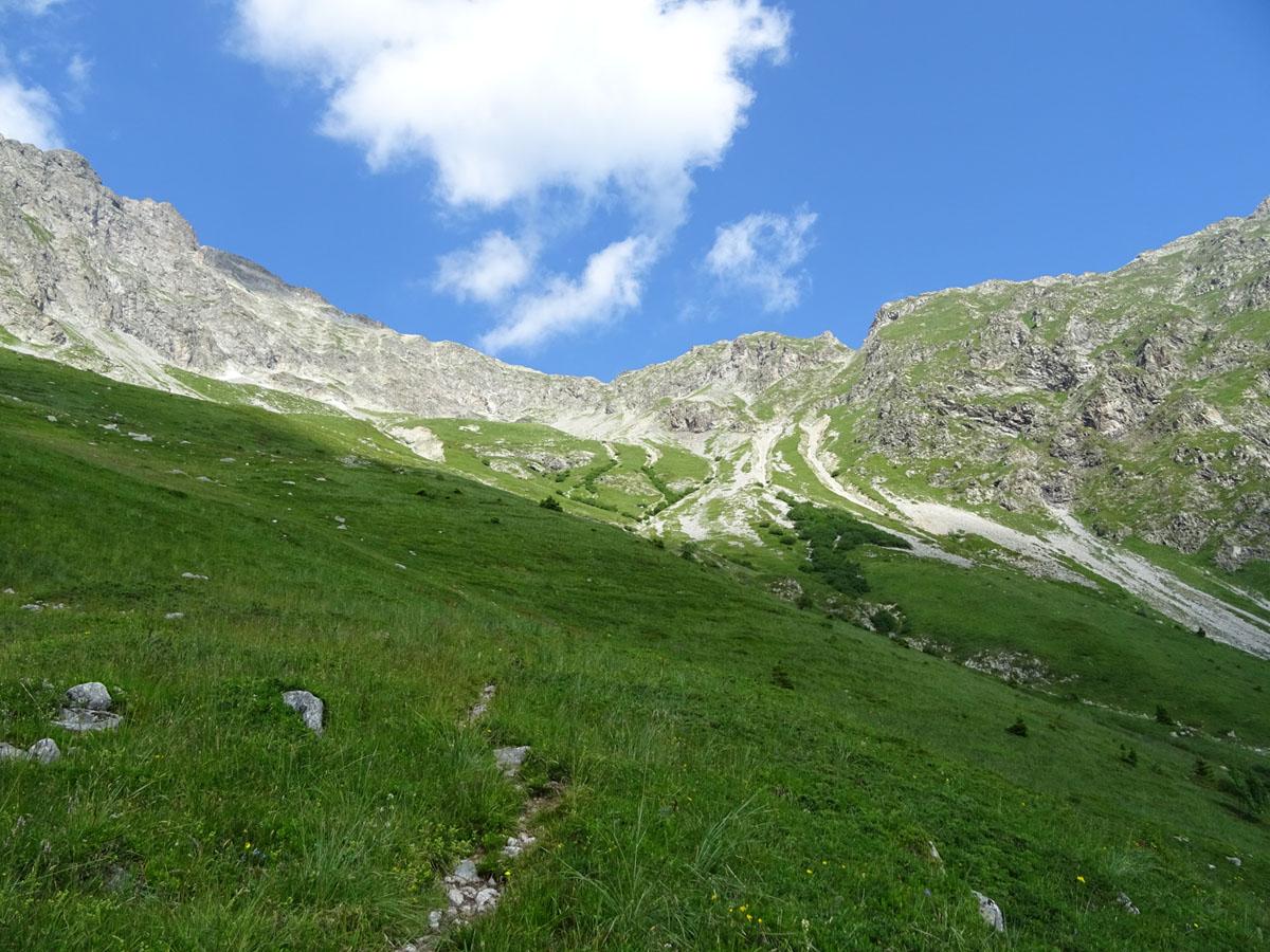 Itinéraire de randonnée jusqu'aux six cabanes