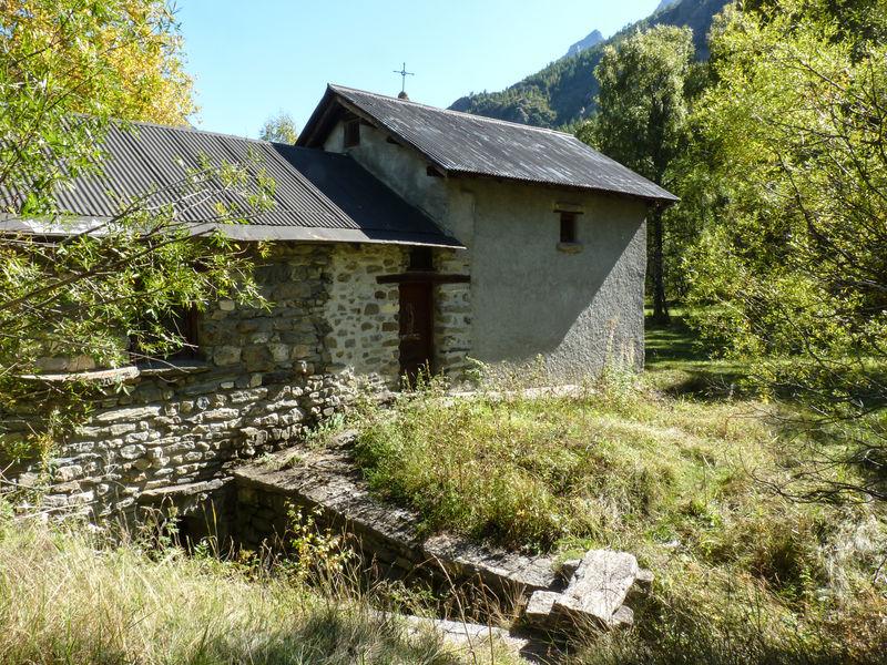 L'âtre du four banal de villar d'Arène - @JeanHuet