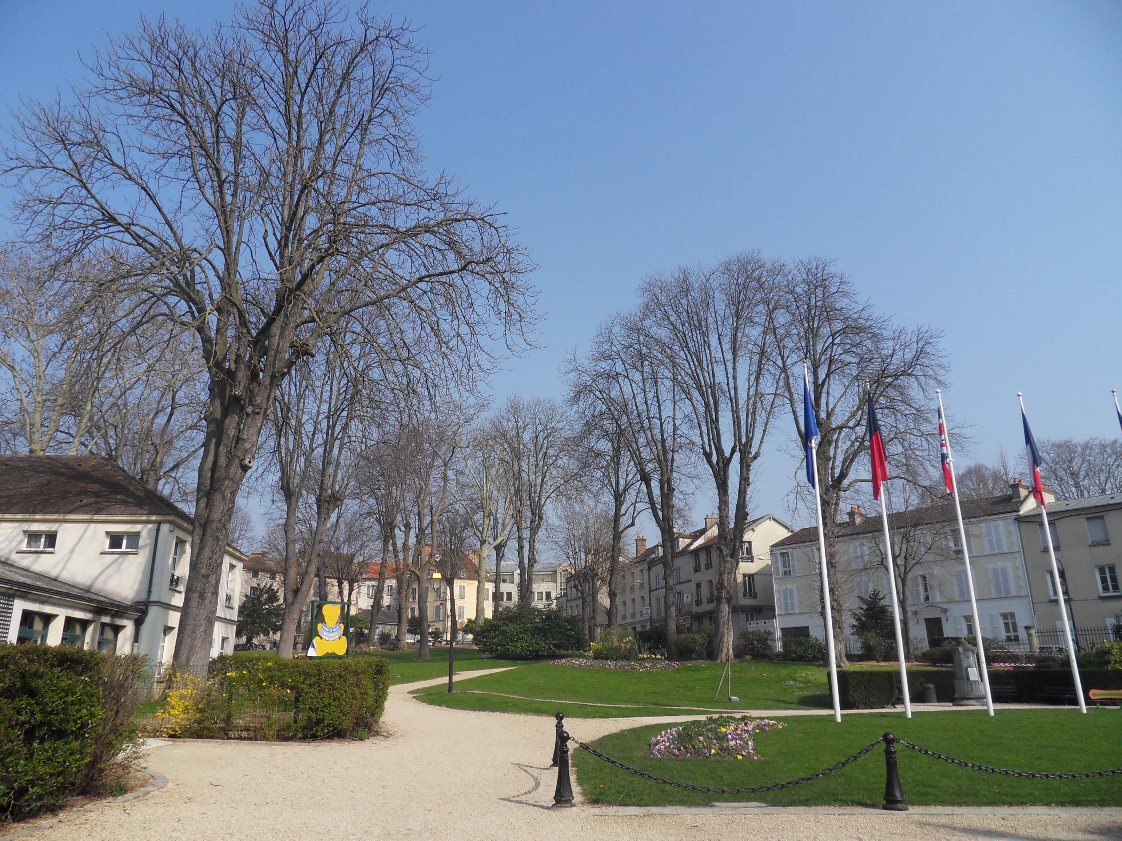 Jardins de l'Hôtel de Ville - © Office de Tourisme de Melun