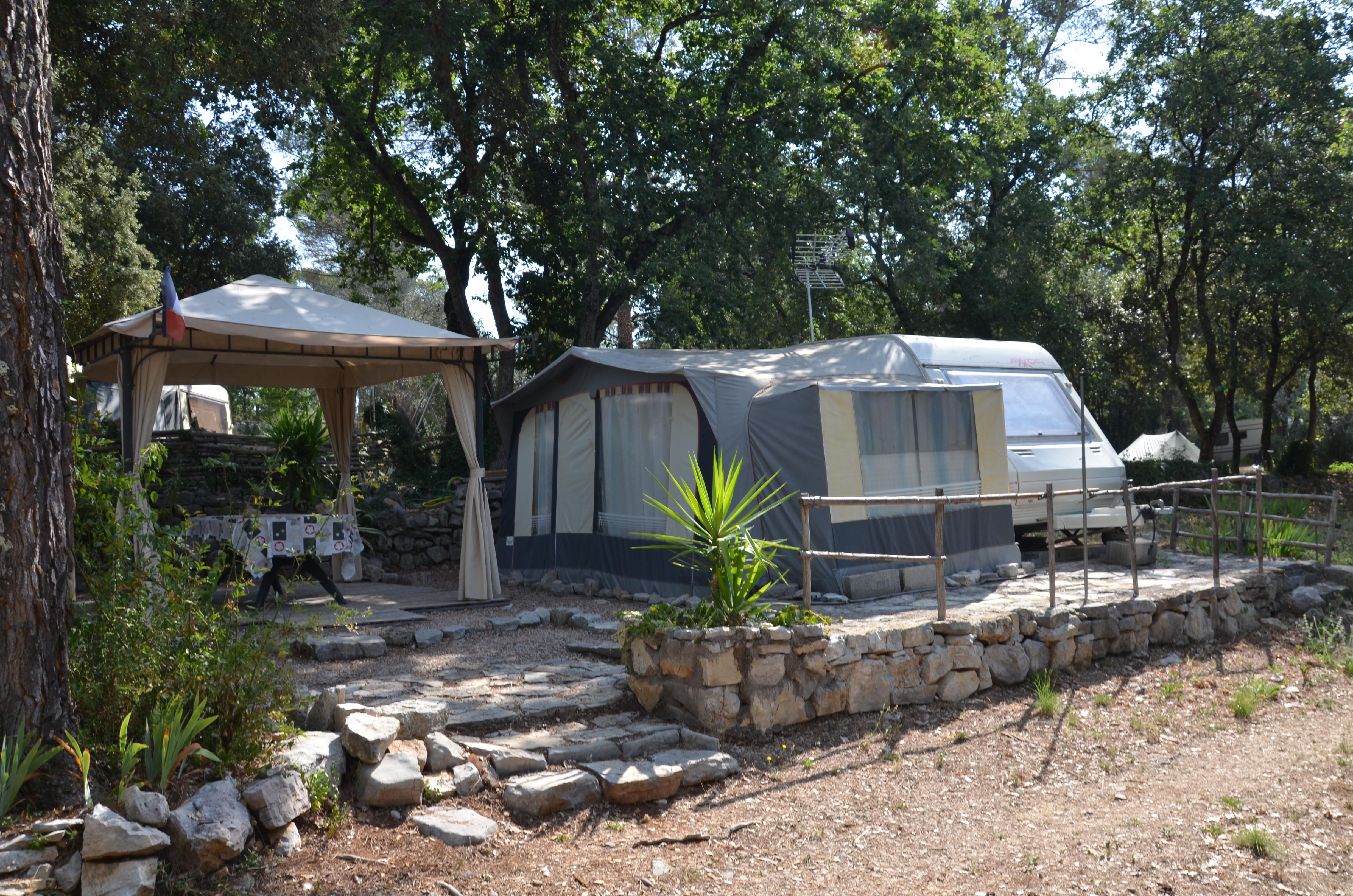 Camping naturiste - La Haute Garduère