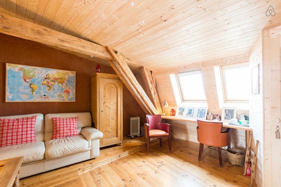 Chambre d'hôtes Au Refuge Renoir : le coin bureau