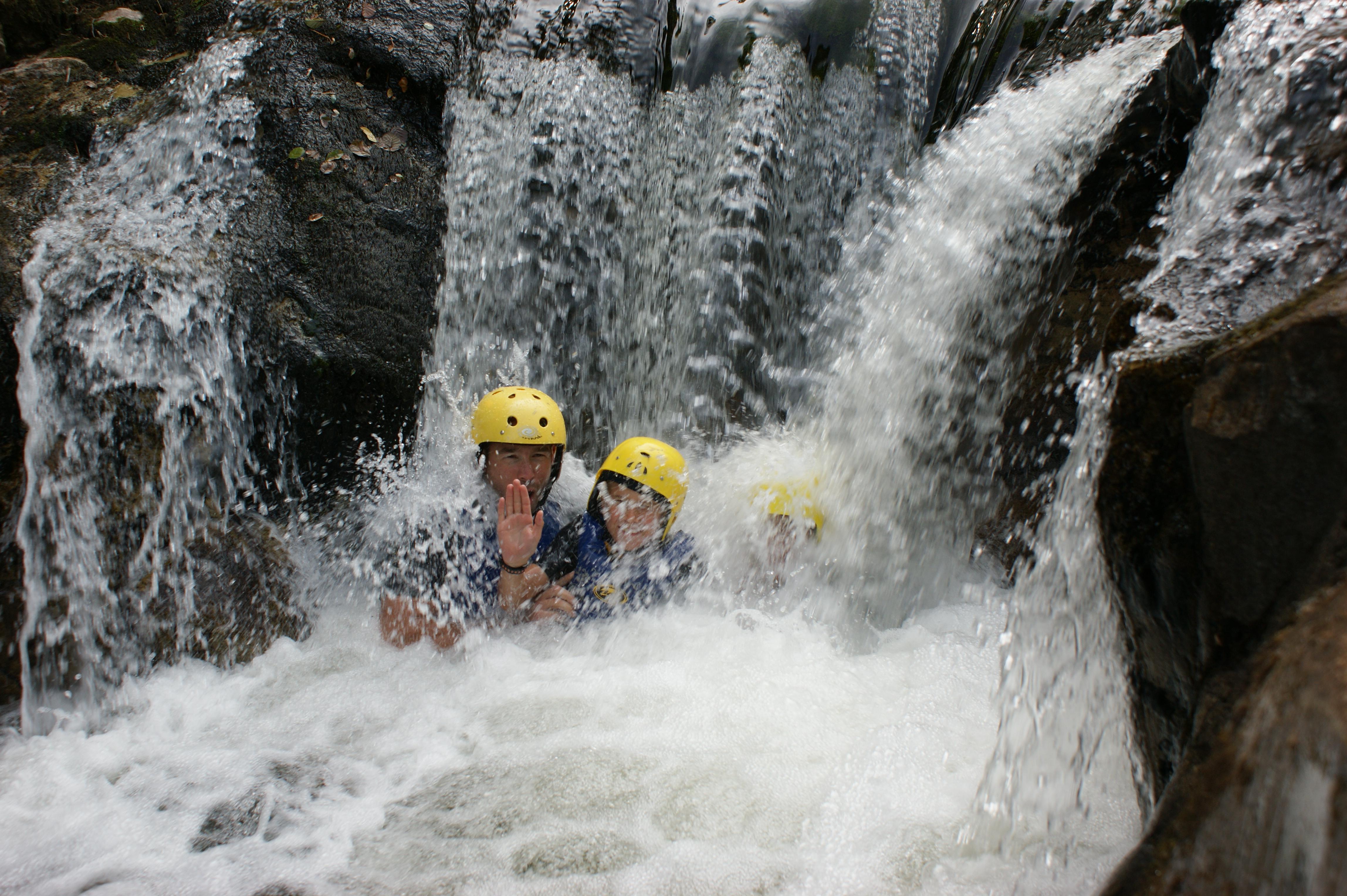 Ardèche sauvage : venez en Ardèche Buissonnière. : Canyoning avec Indian Forest