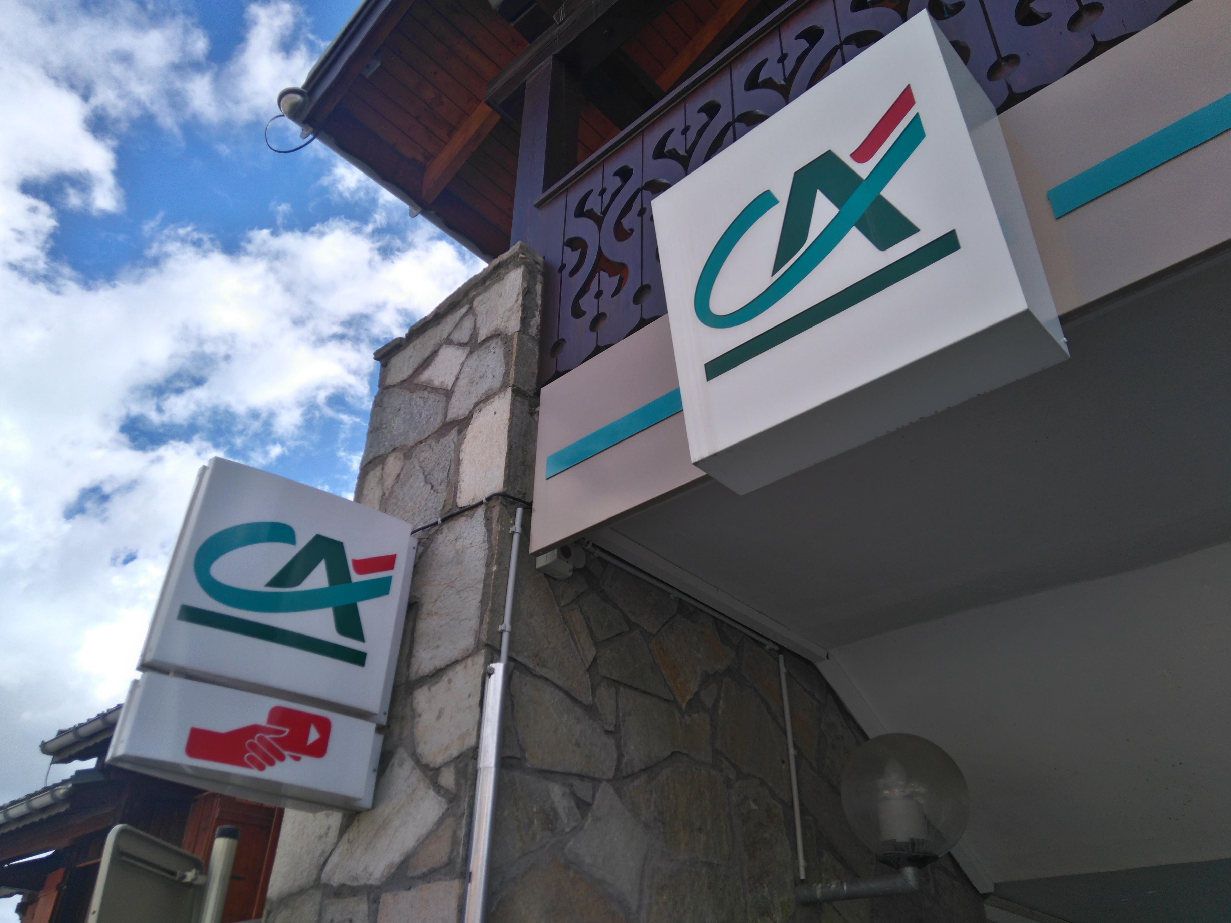 Distributeur automatique de billets - Crédit Agricole