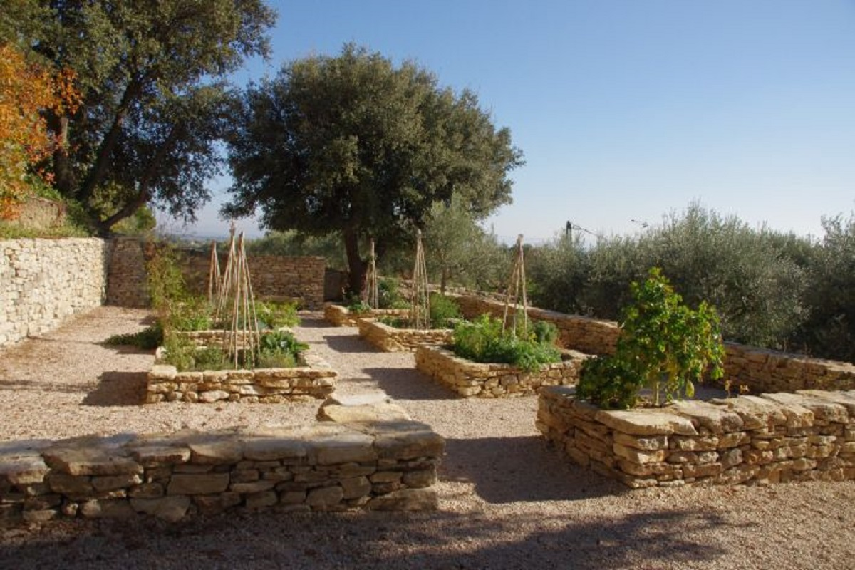 Natural sites and gardens