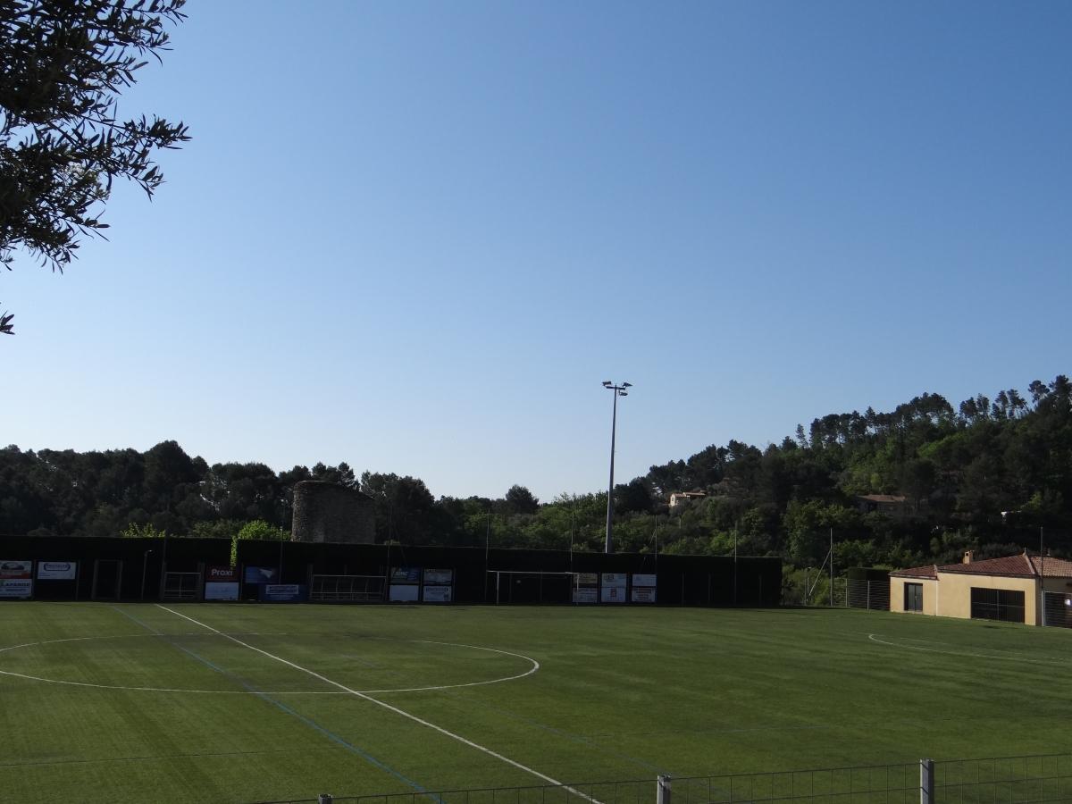 Stade communautaire de Callas