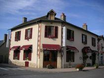 restaurant-montbeugny-auberge_panier_fleuri1