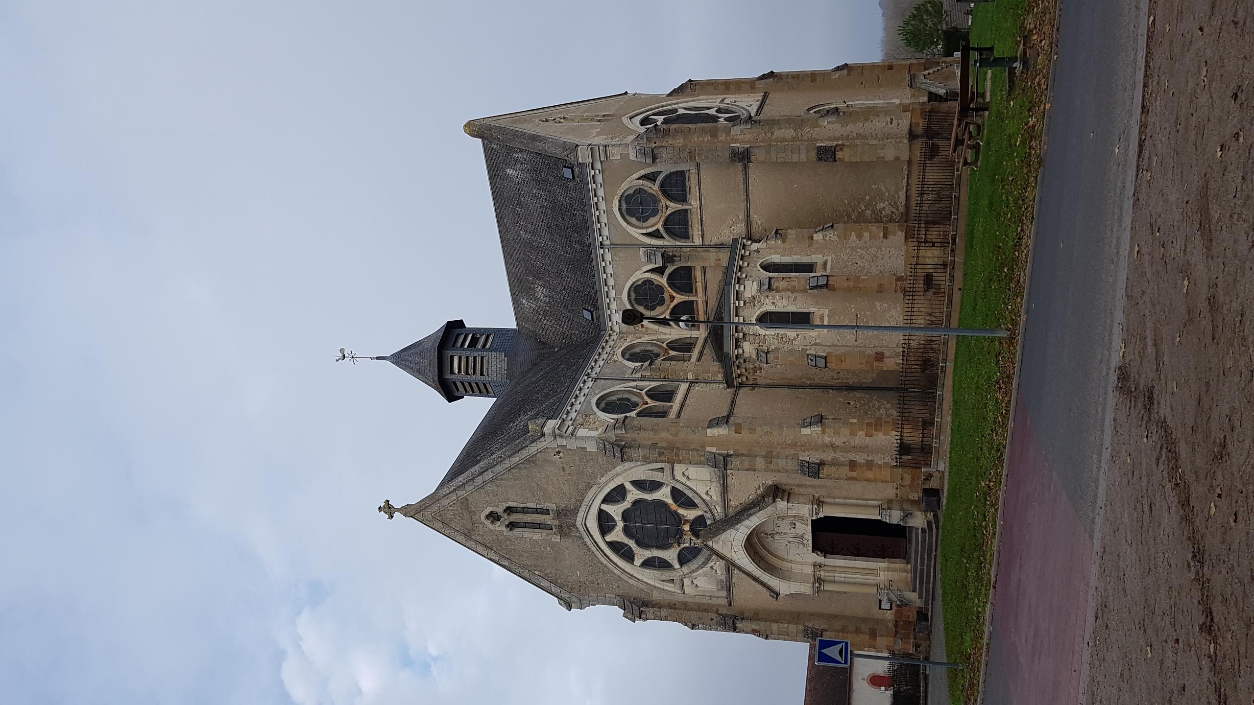 Vue église du Sacré Coeur Ⓒ Delphine Antenne Lurcy