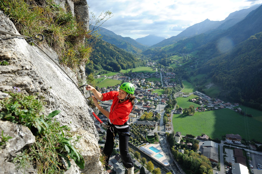 Via ferrata de la roche l 39 agathe office de tourisme de morillon - Office de tourisme de thones ...