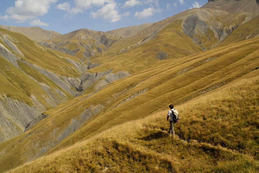 En chemin vers le col de Martignare - Sentier de randonnée - La Grave