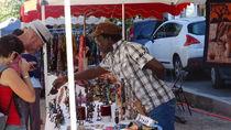 Vide grenier, brocante et marché africain - St Bonnet le Château