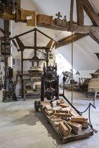 Musée du Bâtiment 2 Outil musée du bâtiment Ⓒ Serban Bonciacat