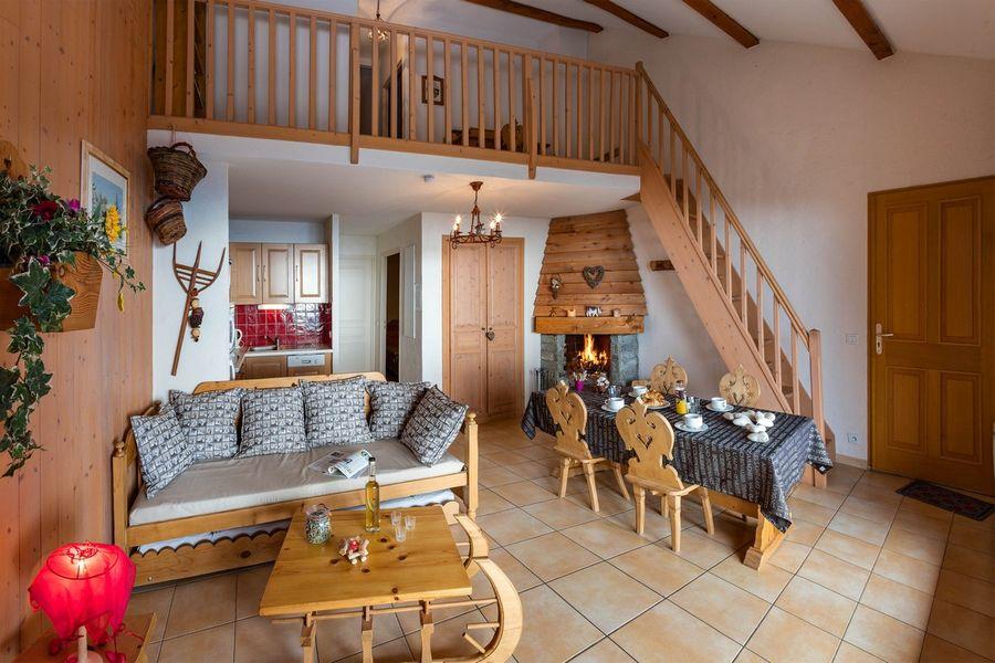 Appartement Location Meublé Le Chastelas Chaillol - © BB