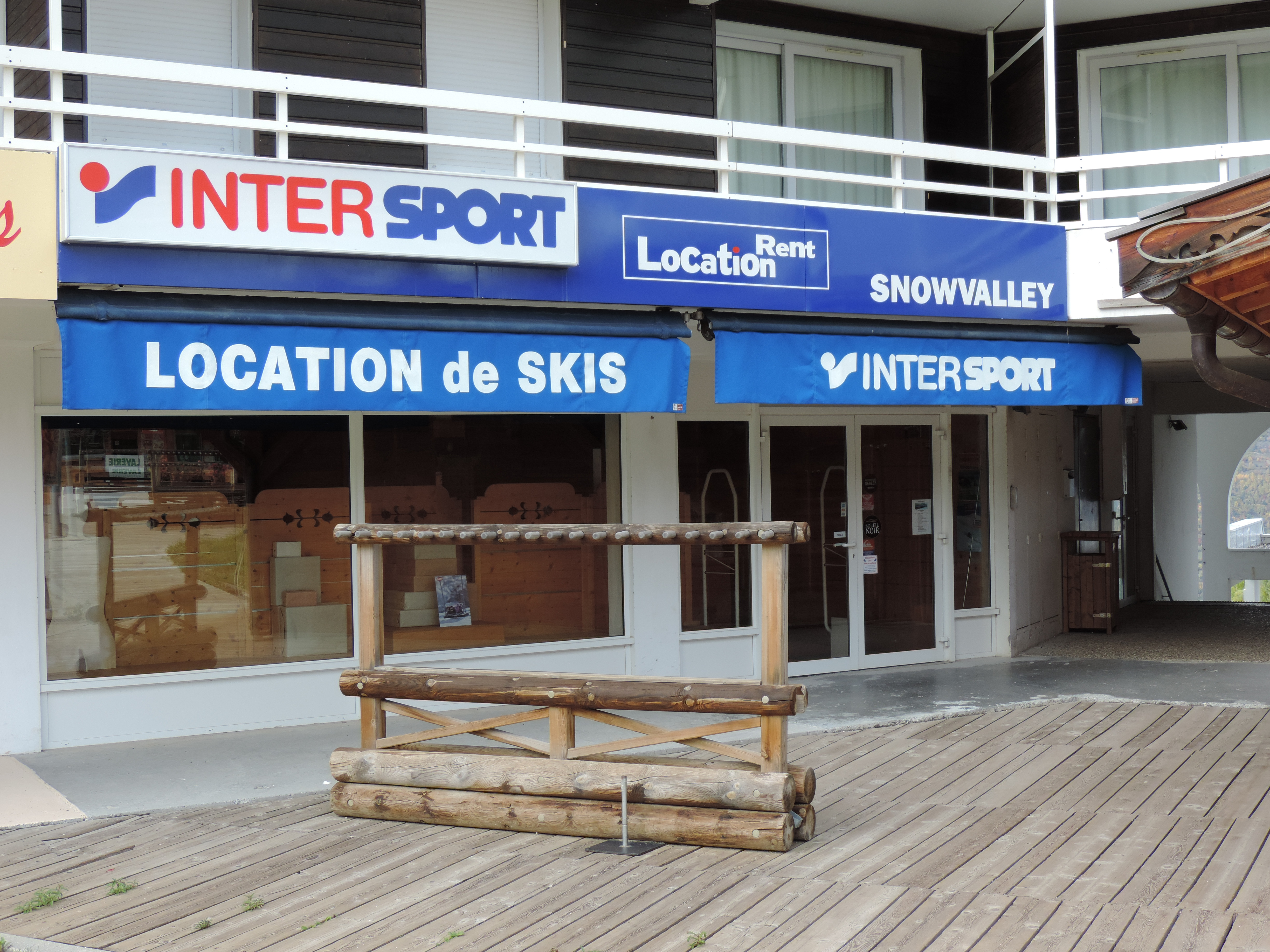 Snow valley intersport puy saint vincent pays des crins office de tourisme - Office tourisme puy st vincent ...