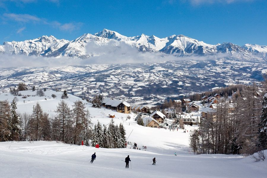 week-end ski à petit prix en hôtel - stations village du Champsaur - © B. Bodin