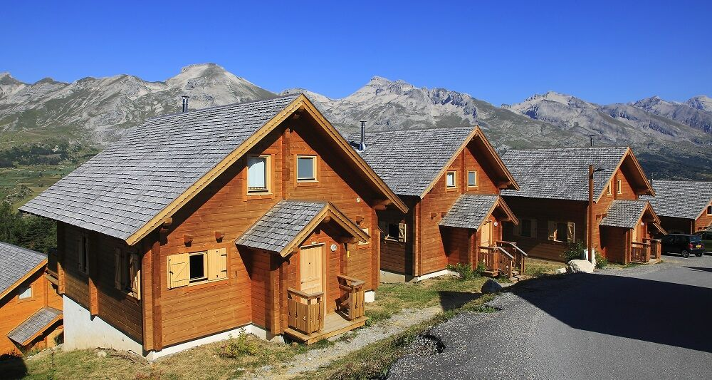 La résidence 'Les Hauts de la Lauzière' à La Joue du Loup, Hautes-Alpes