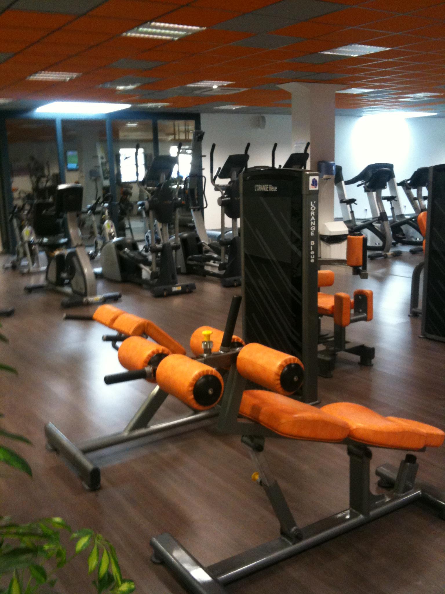 bien tre salle de sports orange bleue office de tourisme sallanches. Black Bedroom Furniture Sets. Home Design Ideas