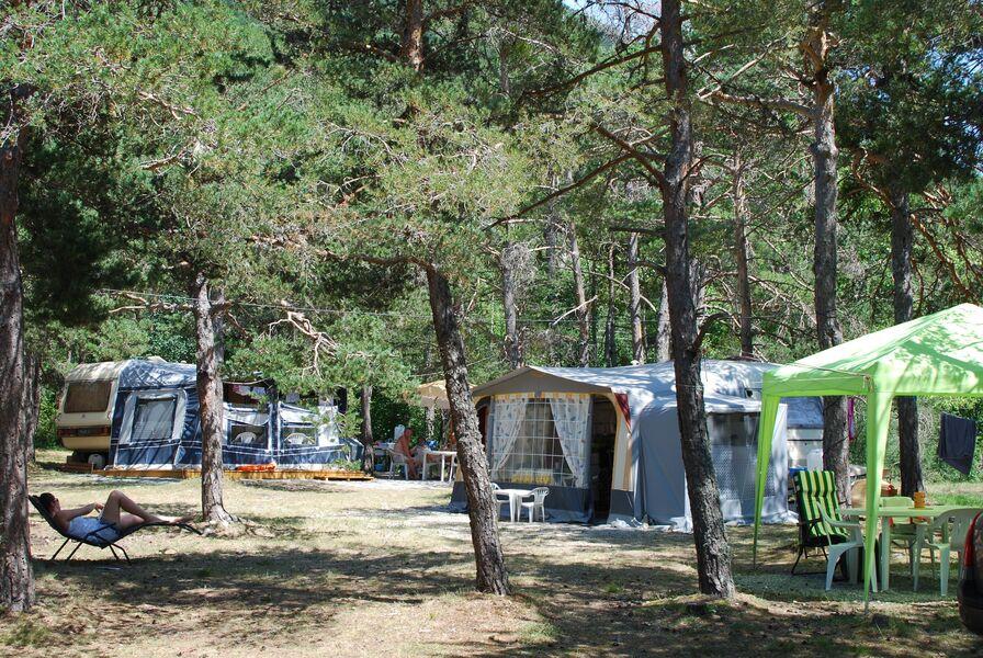 Camping Mon Repos Montmaur