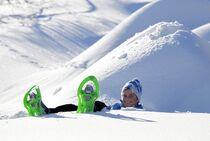 Raquettes à neige station familiale de St Léger les Mélèzes - © T Hytte et  S Cervos