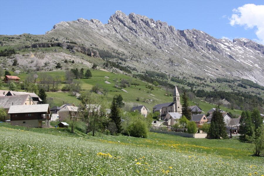 Village de Saint Etienne en Dévoluy