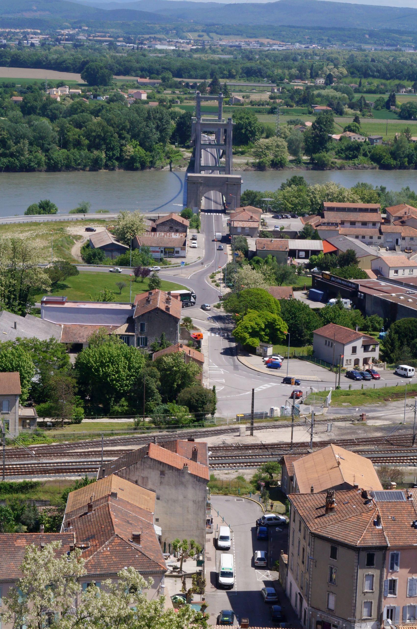 Visite de village : Le Teil
