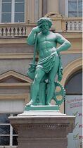 Statue Hotel de Ville