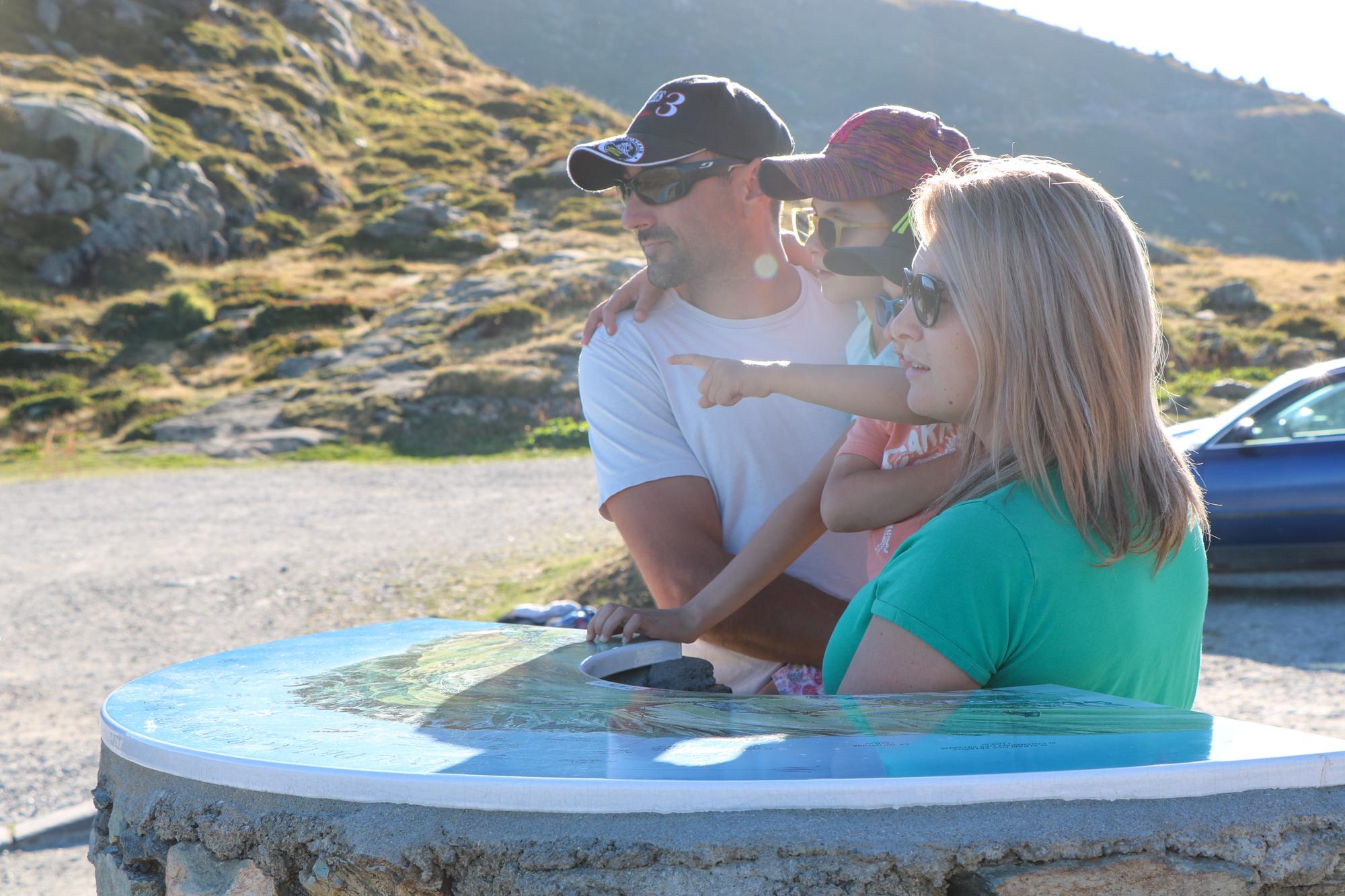 Balade en famille au Col de la Croix de Fer