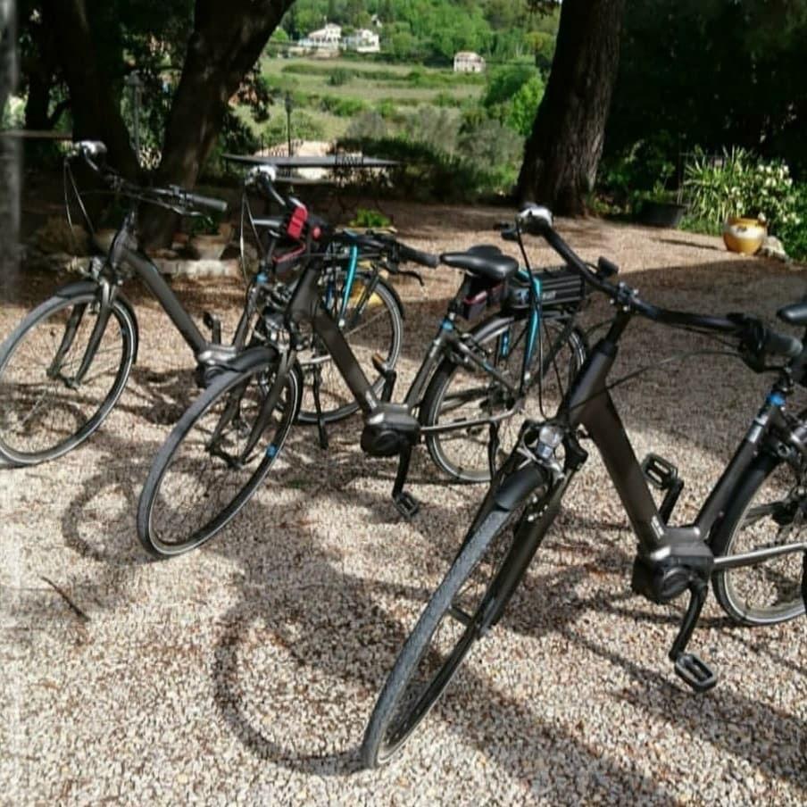 Location de vélos électriques - La Vieille Bastide