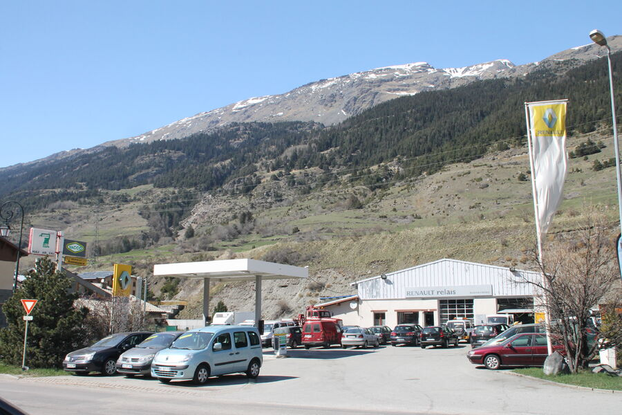 Garage renault burdin fr res maurienne tourisme for Garage renault 94